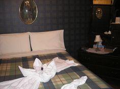 Au Couette & Café À la Québécoise, Josée s'amuse à faire des présentations avec les serviettes qu'elle dispose sur le lit.