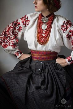 Pretty Outfits, Beautiful Outfits, Cool Outfits, Fashion Outfits, Folk Fashion, Ethnic Fashion, Womens Fashion, Character Outfits, Traditional Dresses