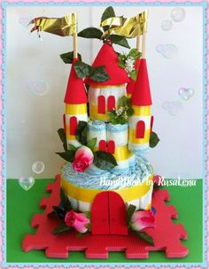 Red Castle Diaper Cake for little princess, two levels, 45 cm/17,75""