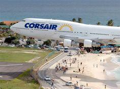 Aviones que aterrizan en la Princesa Juliana Airport, San Maarten - Corsario 747.