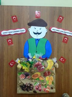 Yerli Malı Preschool Art Activities, Preschool Arts And Crafts, Classroom Rules, Classroom Door, Class Bulletin Boards, Class Decoration, School Projects, First Grade, Techno