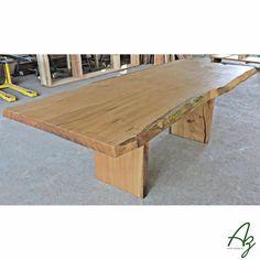 Mesa de jantar em madeira maciça! Az arte natural - Móveis em madeira feitos a mão.