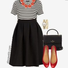 This definitely looks like something I'd wear. I'm always one for black and white outfits. ☺️