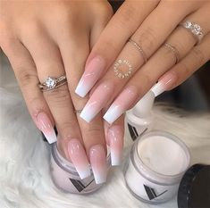 French Fade Nail Designs are one of the most popular nail shapes for women. French Fade Nails, also called French ombre Nails or baby boomer nails, combine the classic French tip with an ombre-style gradient to create a bright, mixed appearance. Long Acrylic Nails, Coffin Nails Long, Long Nails, Short Nails, French Tip Acrylic Nails, White Tip Nails, Pink Coffin, Long Nail Art, Colored Acrylic Nails