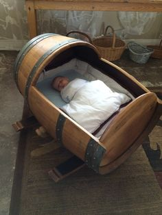 painted chairs - 18 Incredible Handmade Barrel Furniture Designs You'll Simply Go Crazy For Wine Barrel Chairs, Wine Barrel Furniture, Weird Furniture, Furniture Design, Wood Bassinet, Baby Cradle Plans, Diy Crib, Woodworking Projects That Sell, Woodworking Apron