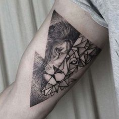 about Geometric lion tattoo on Pinterest   Geometric lion Geometric ...