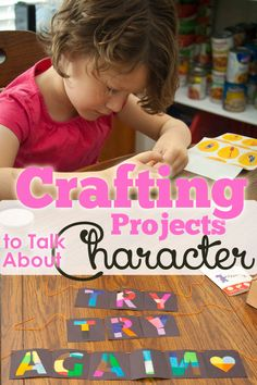 Are there things you want to TEACH your kids while they are enjoying using their hands and learning fine motor skills. Come see some summer crafts while creating character. #pullingcurls