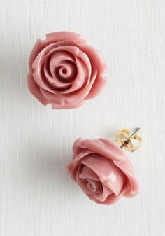 Retro Rosie Earrings in Dusty Rose. Your fervor for all things retro has you ready and raring to rock these adorable rosette earrings. #pink #modcloth