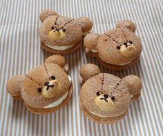 gâteaux Cute Desserts, Sweets Recipes, Cute Food, Yummy Food, Kawaii Dessert, Japanese Sweets, Cookie Designs, Aesthetic Food, Cute Cakes