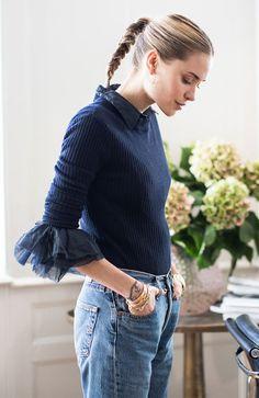 pernille teisbaek look calça jeans camisa babados