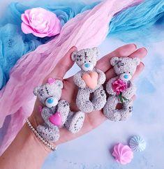 7 отметок «Нравится», 2 комментариев — POLYMER CLAY ARTIST TEA SPOON (@artspoons) в Instagram: «Мишки teddy me to you ждут, когда я приклею их на кружечки и отправятся к своим хозяевам . Если вы…»
