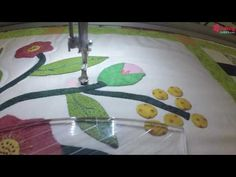 Free Motion Quilting, Quilts, Youtube, Scrappy Quilts, Tela, Ideas, Embroidery Machines, Hand Embroidery, Bedspreads