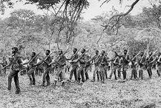 desenvolturas&desacatos.: A HISTÓRIA DA GUERRA COLONIAL 2ª PARTE - LIVROS DO COLONIALISMO - O MAPA DA GUERRA - A FUNDAÇÃO DO M.P.L.A. OS MASSACRES DE PORTUGUESES E DE AFRICANOS PELO MOVIMENTO ARMADO DA U.P.A