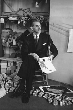 Robert Piguet- The Piguet fashion house ran from 1933 to 1951. He is known for training Christian Dior and Hubert de Givenchy.  The brand Robert Piguet has been mostly associated with fragrances.