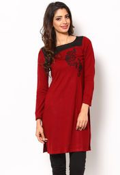 Flaunt sartorial elegance as you wear this red coloured kurta from the house of W. Exclusively designed, this kurta with regular fit will enhance your curves and soft acrylic will keep you warm and comfortable.