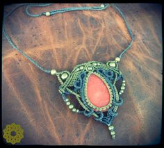 https://www.etsy.com/pt/listing/208362166/macrame-necklace-with-quartz-watermelon?ref=related-7