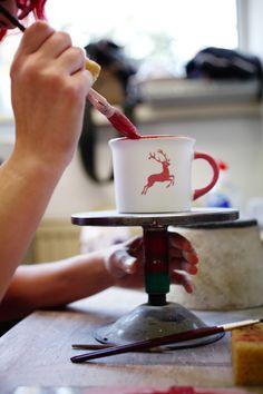 Gmundner Keramik is an ceramic manufacturer in Upper Austria © Österreich Werbung, Fotograf: Peter Rigaud #feelaustria