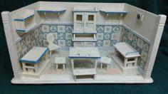 Antique-Dolls-House-Room-German-Kitchen