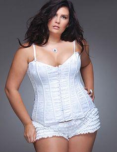 23806cc91df De 98 beste afbeelding van plus size lingerie - Plus lingerie