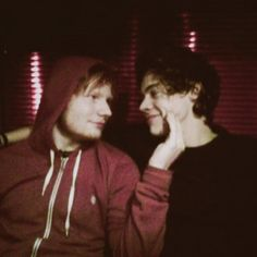 oMG! Ed sheeran and Harry styles my two favorite people