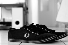 photography, clean, modern, black & white