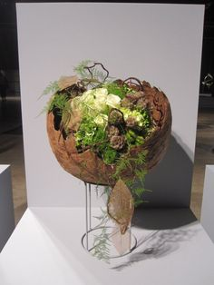 metal sculpture arrangement flower centerpieces - Google Search