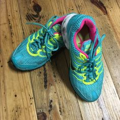 GORGEOUS NIKE AIR TORCH 4 ~ SIZE 7.5/8~ EXCELLENT CONDITION~ GORGEOUS COLOR TENNIS SHOES~ RETAILS $110 Nike Shoes Sneakers