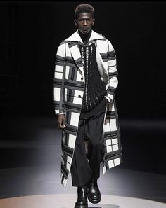Men Fashion Show, Mens Fashion, Eccentric, Moda Masculina, Man Fashion, Fashion Men, Men's Fashion Styles, Men's Fashion, Men Fashion