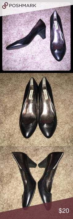 Steve Madden Black Leather Sadee Heels Very nice basic black genuine leather pumps! Worn lightly only a few times, they just got a little bit squished from storage but when your feet fill the shoes out it is no longer noticeable :) Steve Madden Shoes Heels