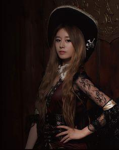 T-ara's Jiyeon for 'Treasure Box' album