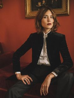 Breaking news: Alexa Chung launches her own fashion label | Vogue Paris