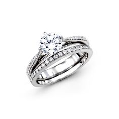 Beautiful engagement ring and wedding band set by Simon G