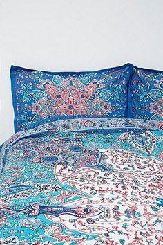Dandelion Medallion Blue Duvet Cover - Urban Outfitters