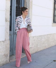 For more street #style inspirations from #modamotto follow my board that full of fashionistas!