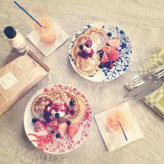 2013.2.10    おはようございます。  今日はとても良いお天気( ᵘ ᵕ ᵘ ⁎)  今朝はromiさんの粉でパンケーキを作りました。  しっとりもっちりでとても美味しいです。  ベリー三種で作ったソースもバッチリでした★    Good morning. Very good weather. This morning I made pancakes with the flour which has been bought in Kamakura.  #いまくま食堂 #ふたりめし - @kima2005- #webstagram