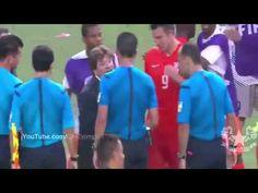 Pelea Robin Van Persie vs Piojo Herrera en el Mexico vs Holanda Mundial 2014 29/06/14