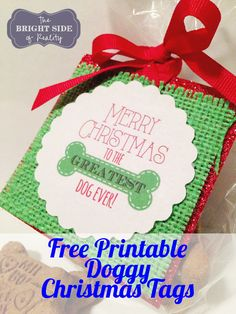 I have three dogs that I love to spoil. It's easy to find Christmas gift ideas for dogs. Start with our adorable free printable dog Christmas gift tags. Christmas Tags Printable, Free Printable Gift Tags, Christmas Labels, Free Printables, Dog Christmas Gifts, Christmas Crafts For Kids, Xmas Crafts, Christmas Presents, Diy Dog Treats