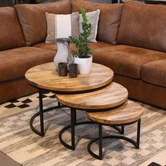 v fr – Table Ideas Home Coffee Tables, Steel Coffee Table, Coffe Table, Coffee Table Design, Design Table, Simple Living Room Decor, Casual Living Rooms, Home Living Room, Snug Room