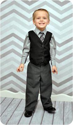 Little Gentleman Pants and Vest boys pants par PeekabooPatternShop, $7.95