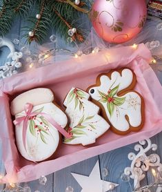 # Capka # Cake # Pink # Capeck_Pink # Delicious # Duckling # Cake_Puzzy # Wallpaper # Color # … – All Part Ideas Christmas Sugar Cookies, Christmas Sweets, Christmas Gingerbread, Christmas Cooking, Noel Christmas, Galletas Cookies, Iced Cookies, Cute Cookies, Royal Icing Cookies