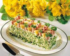 Kinkku-juustokakku | K-ruoka Sandwich Cake, Sandwich Recipes, My Daily Bread, Salad Cake, Savoury Cake, Food Design, Finger Foods, Appetizers, Food And Drink