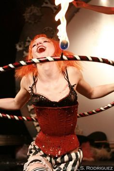 hoola hooping with marshmellows on fire. Dark Circus, Circus Art, Circus Clown, Circus Theme, Halloween Circus, Circus Costume, Cabaret, Clowns, Burlesque