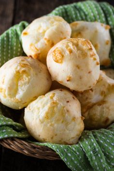 Authentic Brazilian Cheese Bread (Pão de Queijo), the most popular Brazilian snack is gluten free and loaded with gooey cheese. You'll be hooked! Brazilian Dishes, Brazilian Recipes, Popular Brazilian Food, Brazil Food, Brazil Brazil, Brazillian Food, Brazilian Cheese Bread, Bread Recipes, Cooking Recipes
