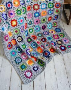 Grey granny at kotburykot.blogspot.com