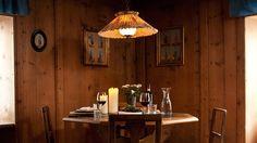 Gemütliche Wohnstube Hotels, Spaces, Restore, World, Viajes, Homes