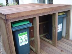 bentley garden cache poubelle triple sur roulettes. Black Bedroom Furniture Sets. Home Design Ideas