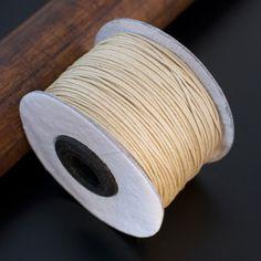 1 METRE de cordon en coton ciré très fin 0.8mm couleur beige : Fils, cordons pour bijoux par sedona