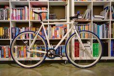 Republic Bikes. I want one.