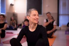 Momenti di pratica con Elena De Martin Second Level Authorized from Kpjay Institute - Mysore - India  www.dayoga.it www.ashtanga-yoga.it   Credit to @pupigiulia  #Modena #yoga #ashtangayoga #dayoga #ashtangavinyasayoga #practice #alliscoming #asana #Milano