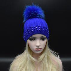 37.00$  Buy now - https://alitems.com/g/1e8d114494b01f4c715516525dc3e8/?i=5&ulp=https%3A%2F%2Fwww.aliexpress.com%2Fitem%2F2016-Autumn-winter-Knitted-Wool-Hats-For-Women-Fashion-Pompon-Beanies-Fur-Hat-Female-Warm-Caps%2F32773241319.html - 2017Autumn winter Knitted Wool Hats For Women Fashion Pompon Beanies Fur Hat Female Warm Caps With pearl Raccoon Fur Cap gorros 37.00$
